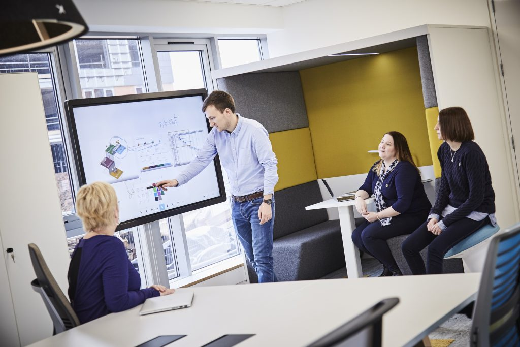 Clevertouch Vseries